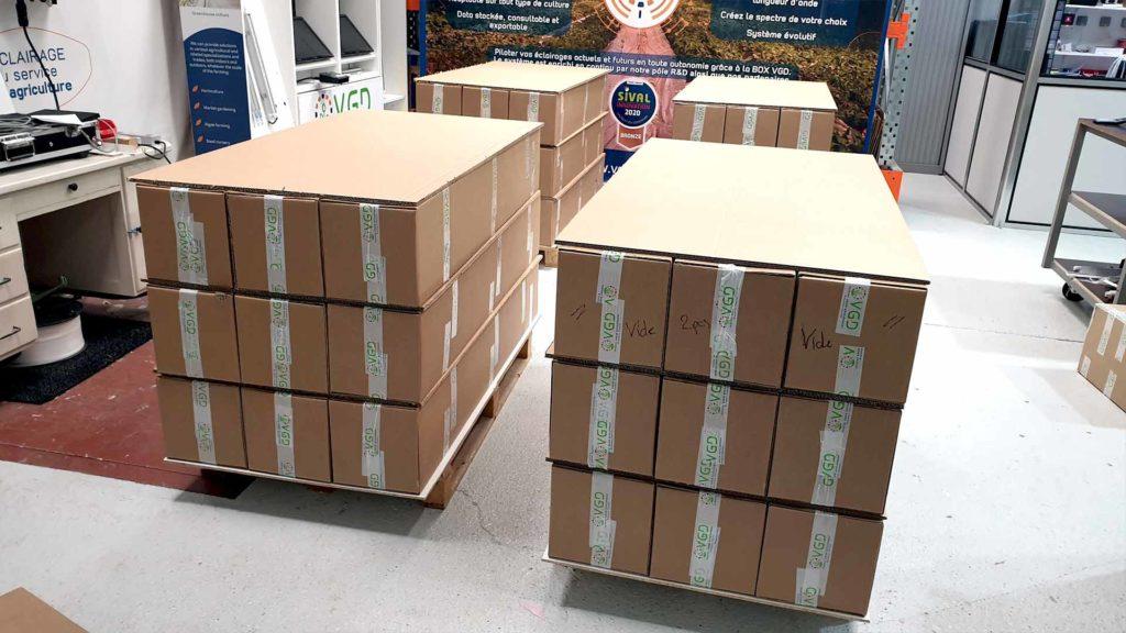 Carton VGD sur palette prêt à l'envoi