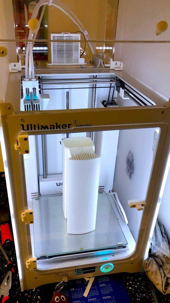 Imprimante 3D Ultimaker prototypage pièce luminaire